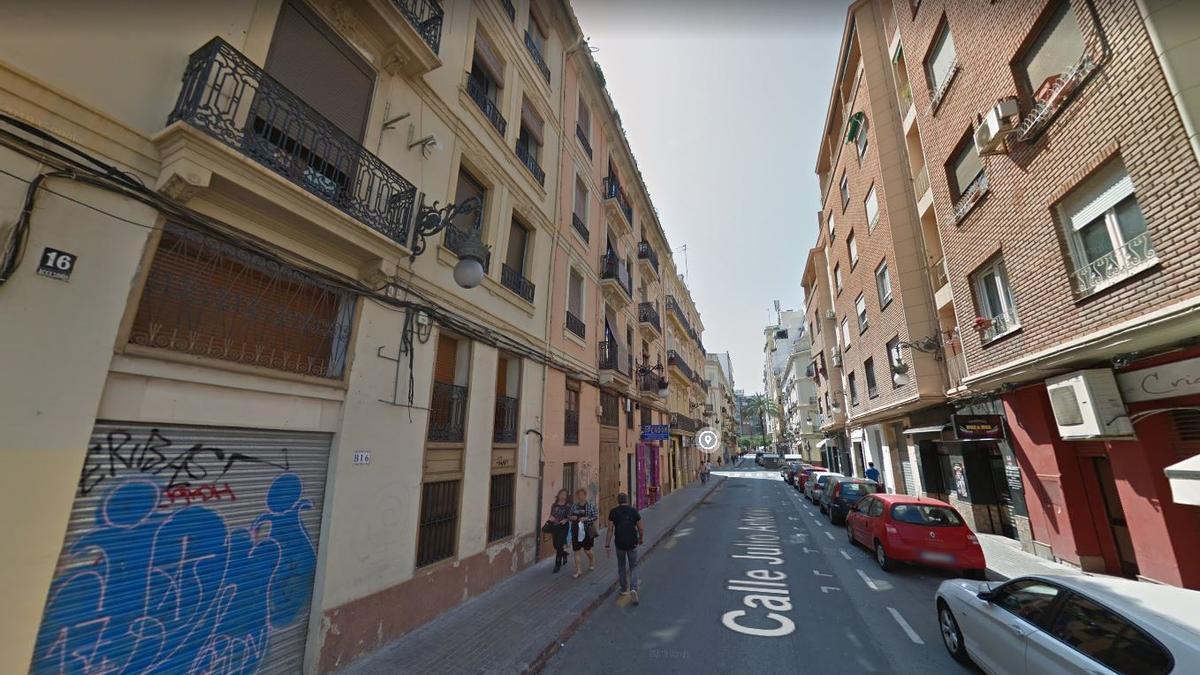 Los hechos tuvieron lugar en la céntrica calle Julio Antonio.