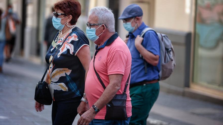Canarias notifica 57 positivos y dos fallecidos por Covid-19
