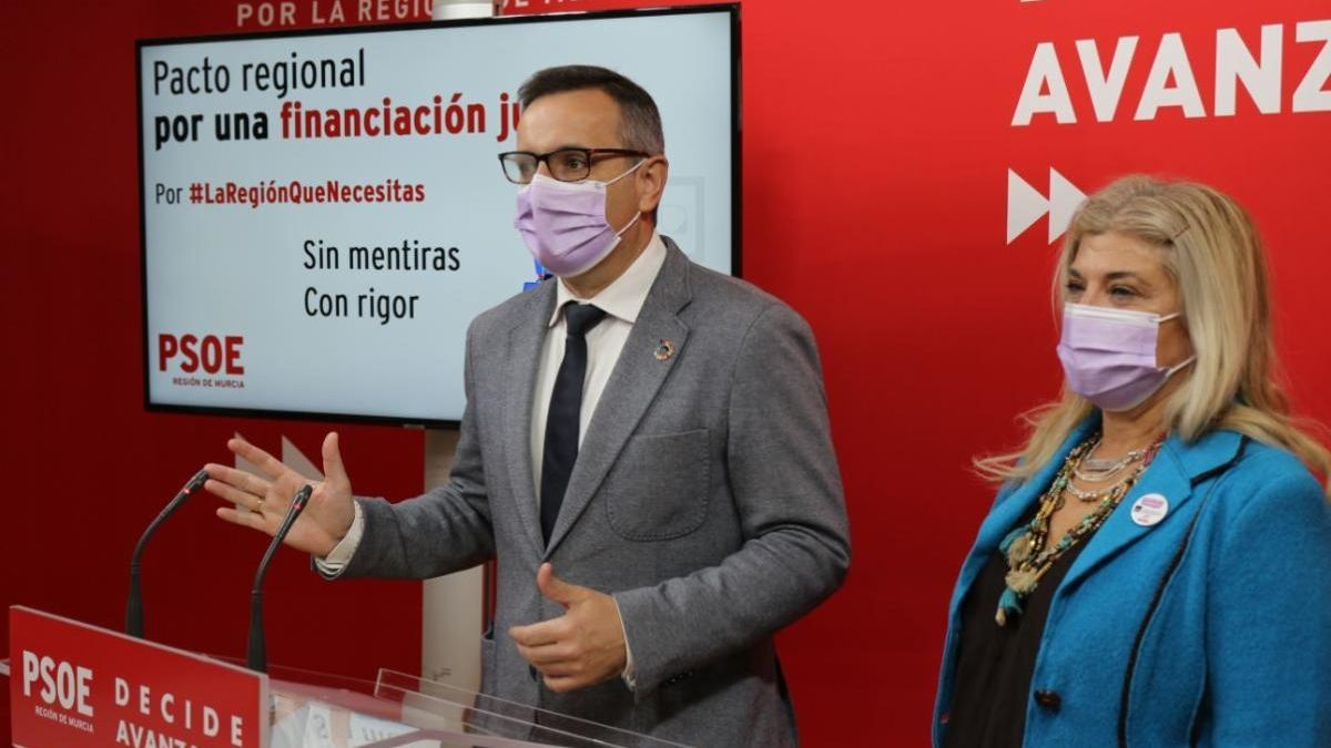 Conesa recuerda a López Miras que la infrafinanciación arrancó en 2002