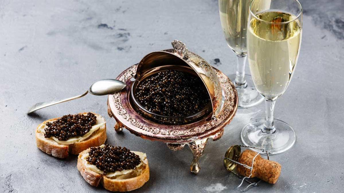El caviar puede llegar a alcanzar un precio de 10.000 € por kilo.