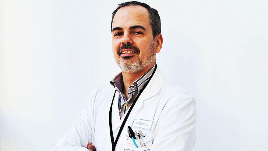 El jefe de Pediatría de los hospitales del Vinalopó y Torrevieja, Gonzalo Ros.