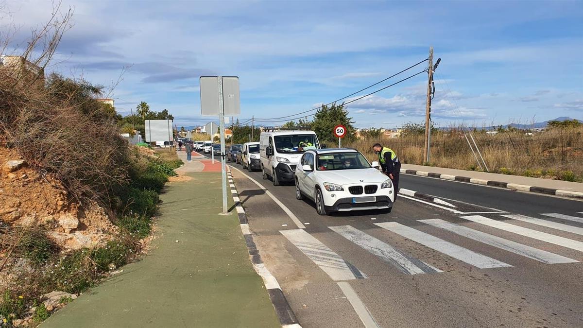Imagen de archivo de un control policial en Peñíscola.