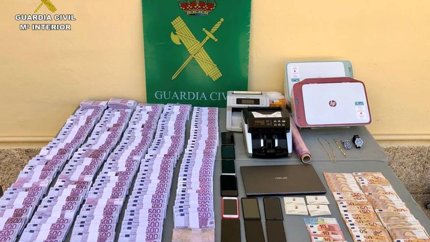 La Guardia Civil de Xàbia destapa una estafa de 50.000 a través de un timo inmobiliario
