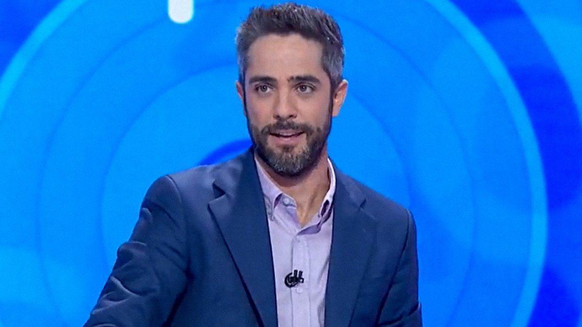 El presentador, Roberto Leal.
