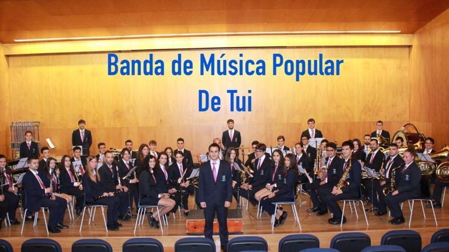 Festas do Cristo - Banda de Música Popular de Tui