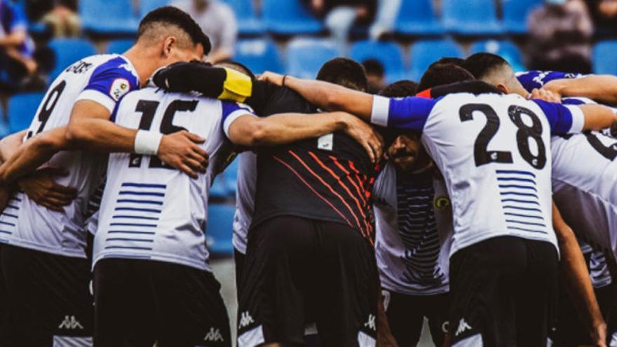 El Hércules se despide del fútbol profesional con agradecimientos
