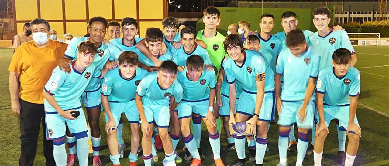 El equipo cadete del Levante fue el gran vencedor.   KIKO FELGUERA
