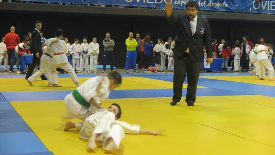 Alrededor de 200 judokas participaron en el ranking alevín