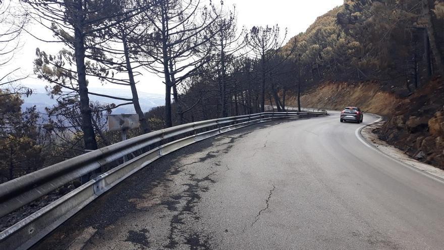 La Diputación inicia el arreglo de las carreteras afectadas por el incendio de Sierra Bermeja