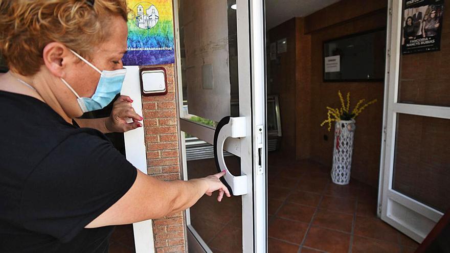 Policías nacionales y locales reforzarán la seguridad en el barrio de Santa Eulalia
