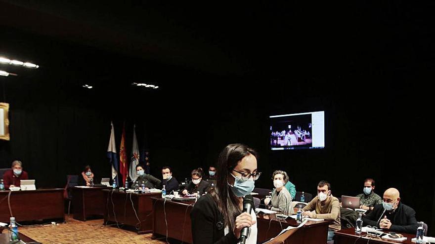 El PP reprocha al gobierno local no quitar tasas a la hostelería y este dice que le ayuda más que la Xunta