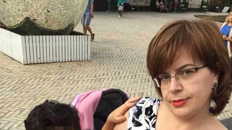 """""""El infierno llega a su fin"""", dice la familia gijonesa """"atrapada"""" en Kiev con su bebé"""