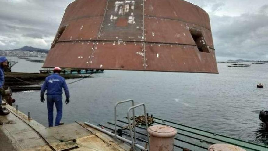 Barreras apura la obra del crucero con la contratación de 120 trabajadores lusos
