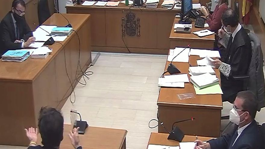 L''estafador de l'amor' s'enfronta a tres anys i mig de presó per quedar-se més de 50.000 euros d'una altra exparella