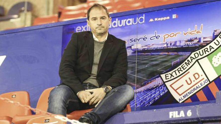 El Extremadura confirma a Jordi Lardín en la dirección deportiva