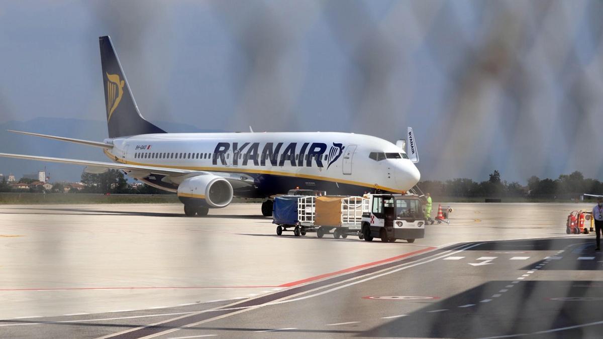 Un aviso de bomba obliga a desviar a Sevilla un vuelo de Ryanair.
