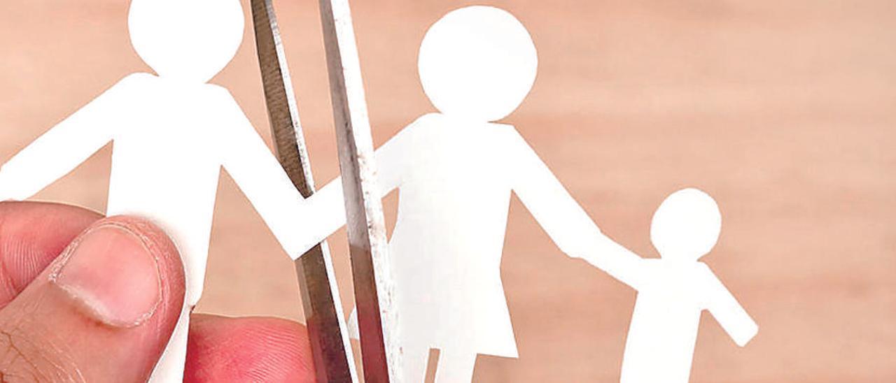 Revocan la custodia compartida a un padre por ser demasiado permisivo con su hijo
