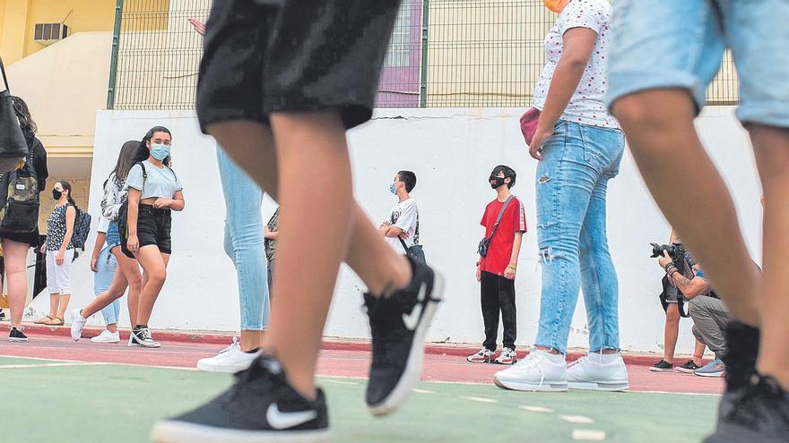 Comienza el curso escolar 2021/2022 con más profesores y menos distancia