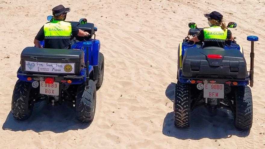 Detienen a un vecino del Port por tocamientos a unas menores en la playa
