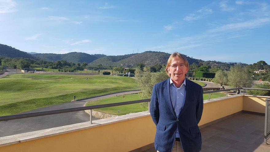 «El golf es un deporte para  todo el mundo»