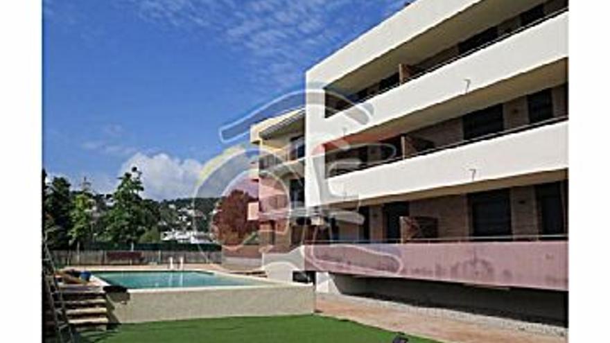 260.000 € Venta de piso en Sant Antoni de Calonge 127 m2, 2 habitaciones, 1 baño, 2.047 €/m2...