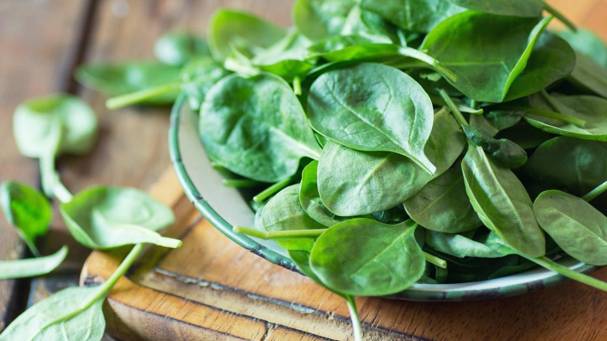 Las espinacas son un superalimento indispensable en toda dieta
