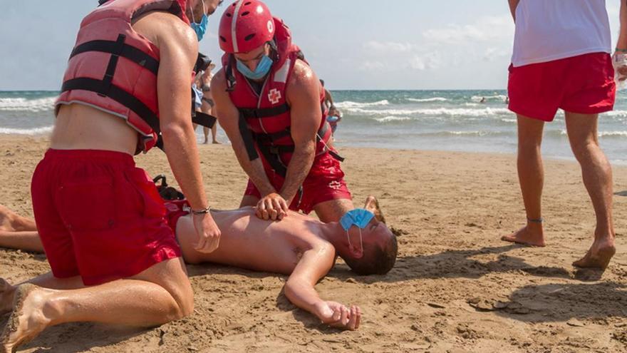 """Cruz Roja cree """"fundamental"""" formar a niños y profesores en primeros auxilios"""