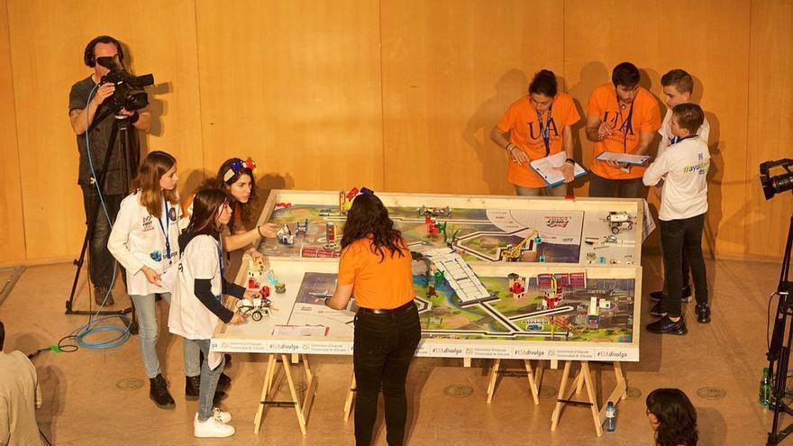 Más de una docena de equipos participarán en la competición de robótica FIRST LEGO League 2021 organizada por la Universidad Alicante