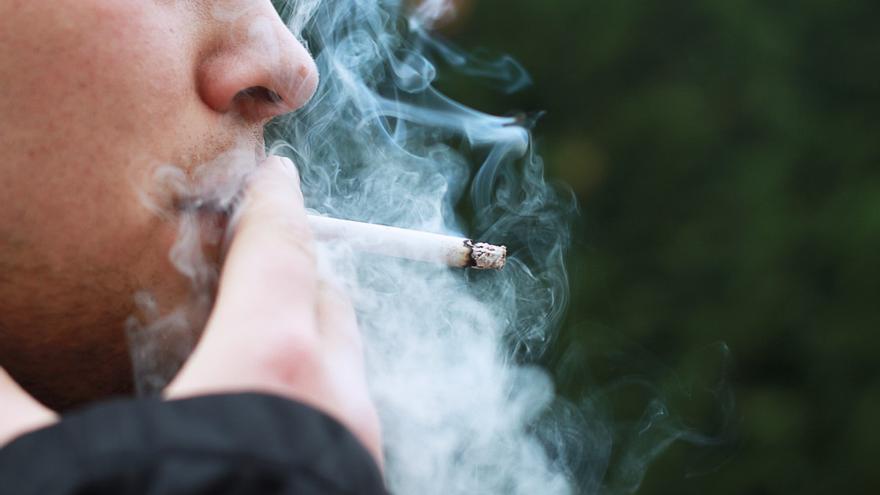 Un hombre de Castellón se quema el 25% del cuerpo tras rociarse con alcohol por picores en la piel y luego fumar