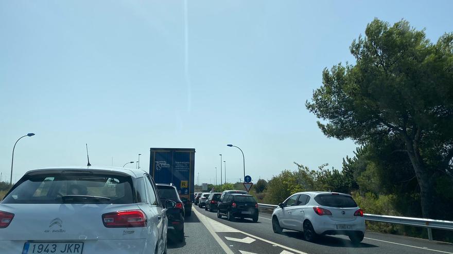 Largas e insufribles retenciones en Castellón por obras en la AP-7