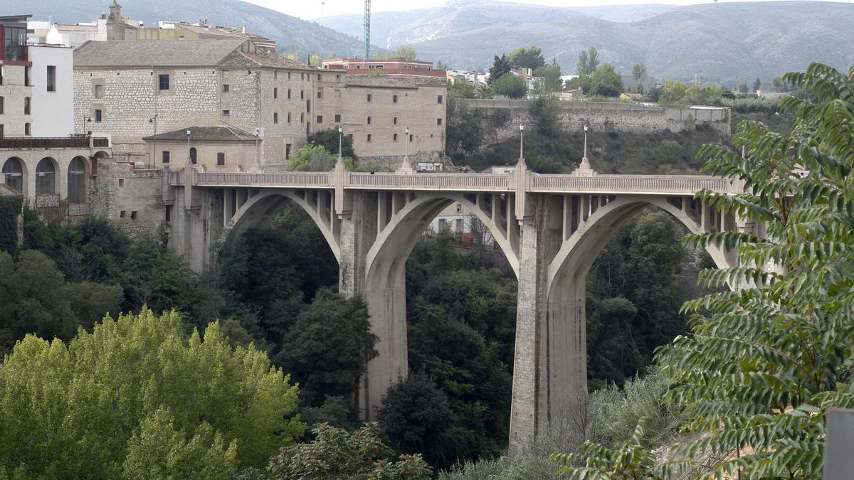 Imagen de archivo del puente de Santa María de Ontinyent.