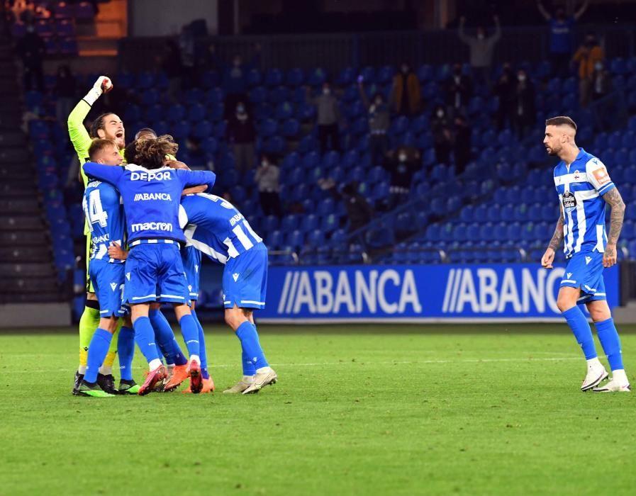 El Dépor gana en su debut en Segunda B