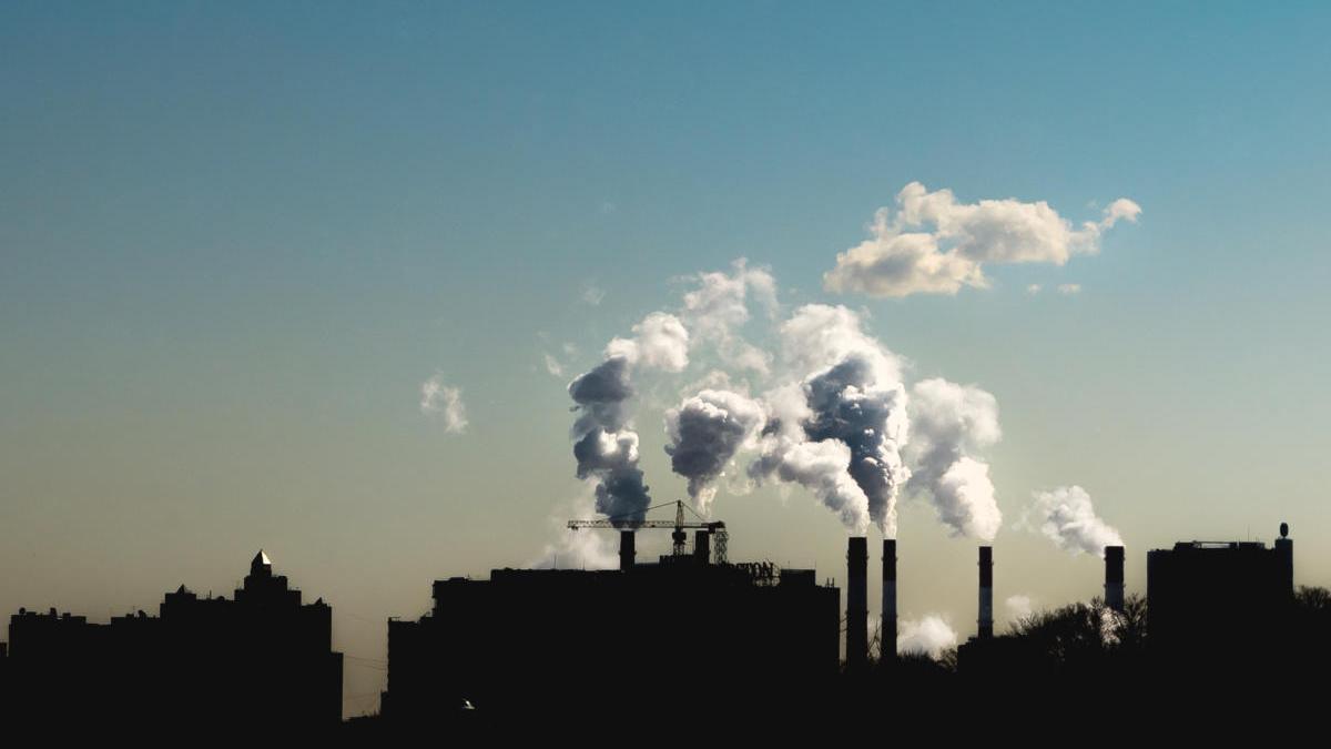 La pandemia de la Covid-19 o ha hecho caer la curva ascendente de los gases de efecto invernadero.