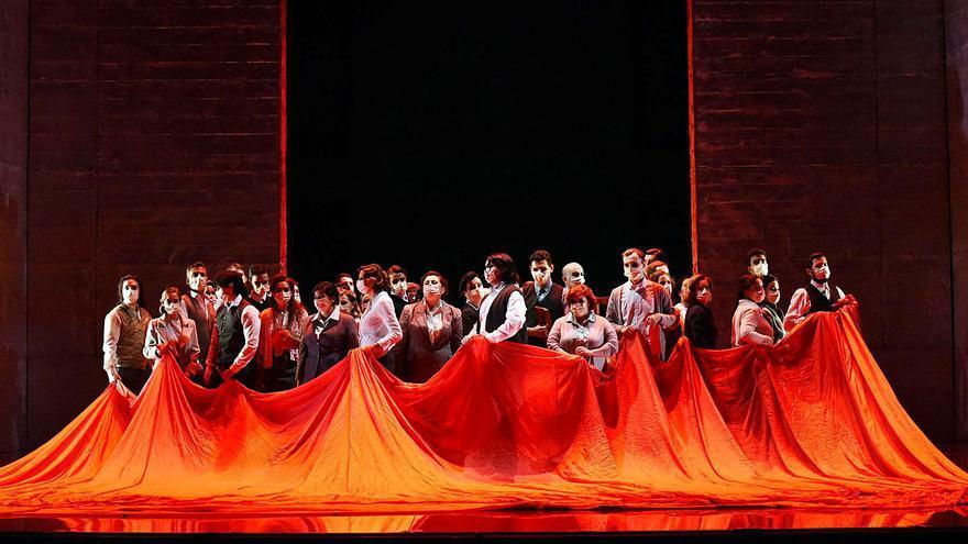"""Un exitoso """"Nabucco"""" para levantar el telón en Oviedo"""