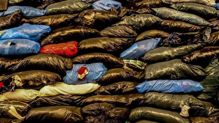 Taller sobre reciclaje de ropa usada para personas en situación de exclusión social