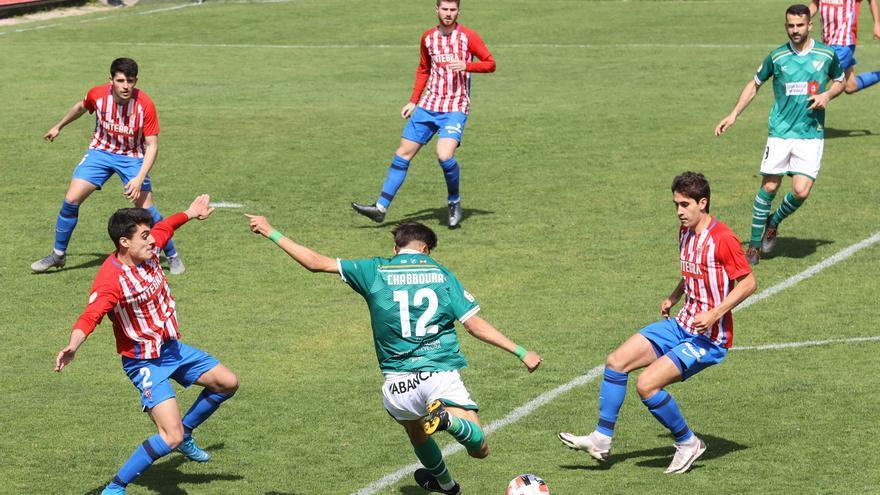 El Coruxo - Sporting Gijón B, en imágenes