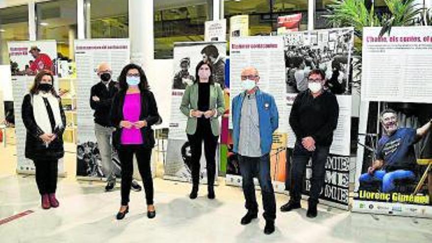 La biblioteca de Paiporta inaugura una exposición dedicada a Llorenç Giménez