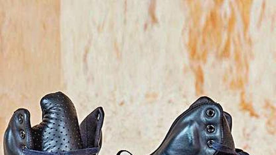 Unas zapatillas de Kanye West alcanzan casi 1,5 millones