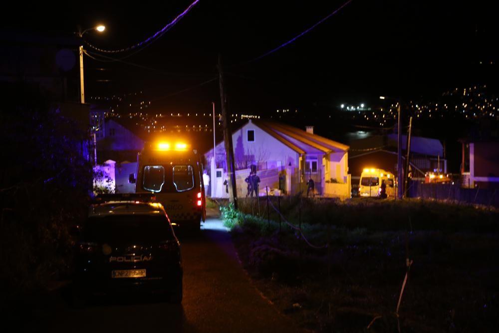Dos muertos al explotar una casa en Chapela