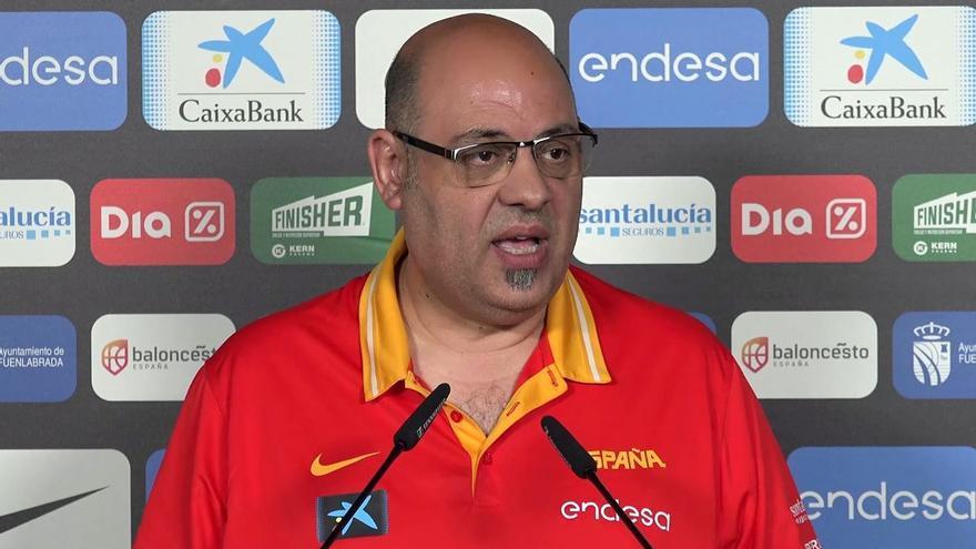 El exseleccionador femenino Lucas Mondelo se querella contra la Federación y dos jugadoras