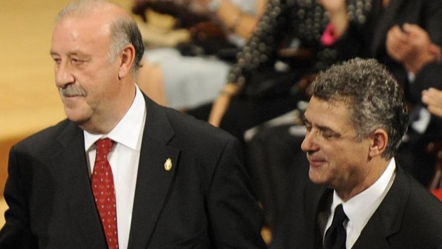 """Del Bosque: """"Pongo la mano en el fuego por Villar"""""""