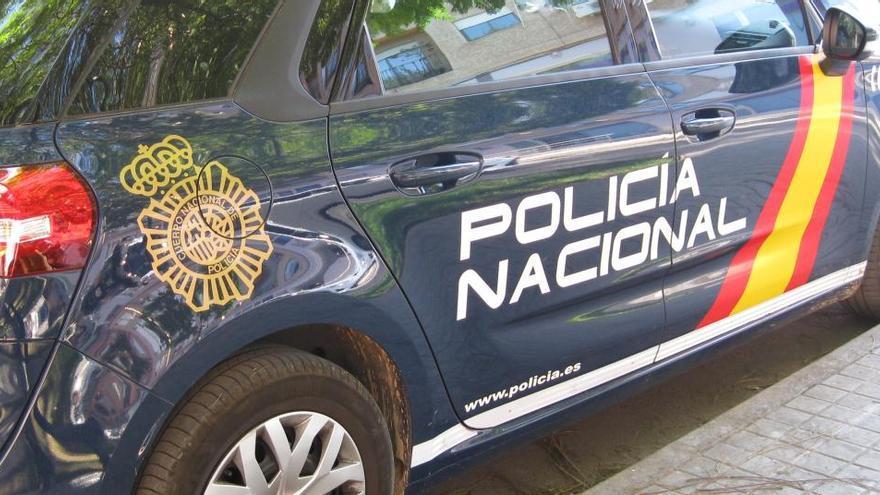 Una joven mata al novio de su madre con un arma blanca en una disputa en Málaga