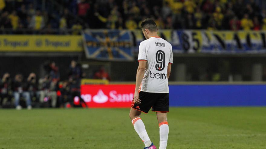 Munir se disculpa por su expulsión ante Las Palmas