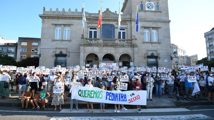 Los vecinos de Seixo exigen al Concello de Marín que luche por su centro de salud