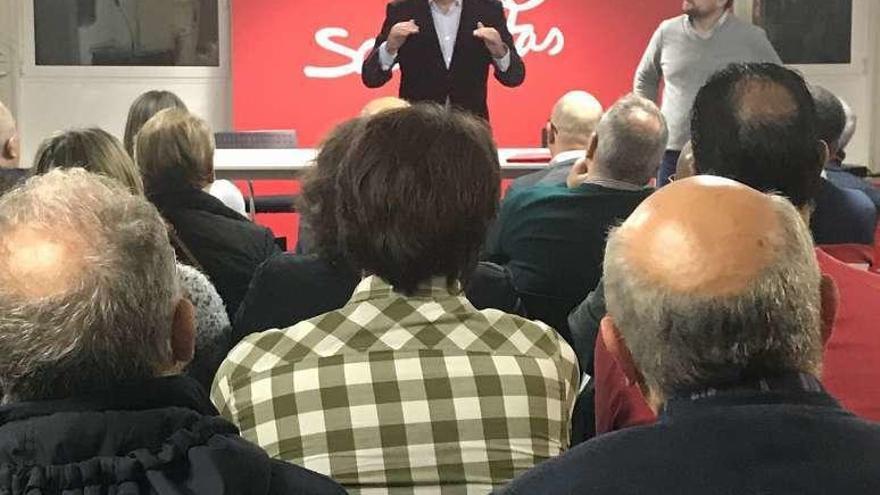 Rosón no ve democrático ser presidente de la Diputación y querer liderar el PSOE coruñés