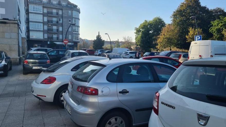 Demasiados coches de camino al colegio
