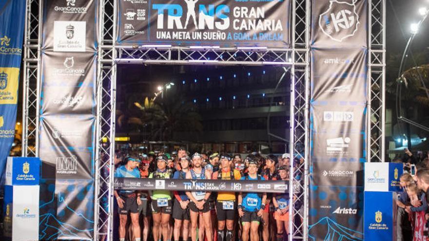 La Transgrancanaria arranca con 3.700 corredores de 66 países