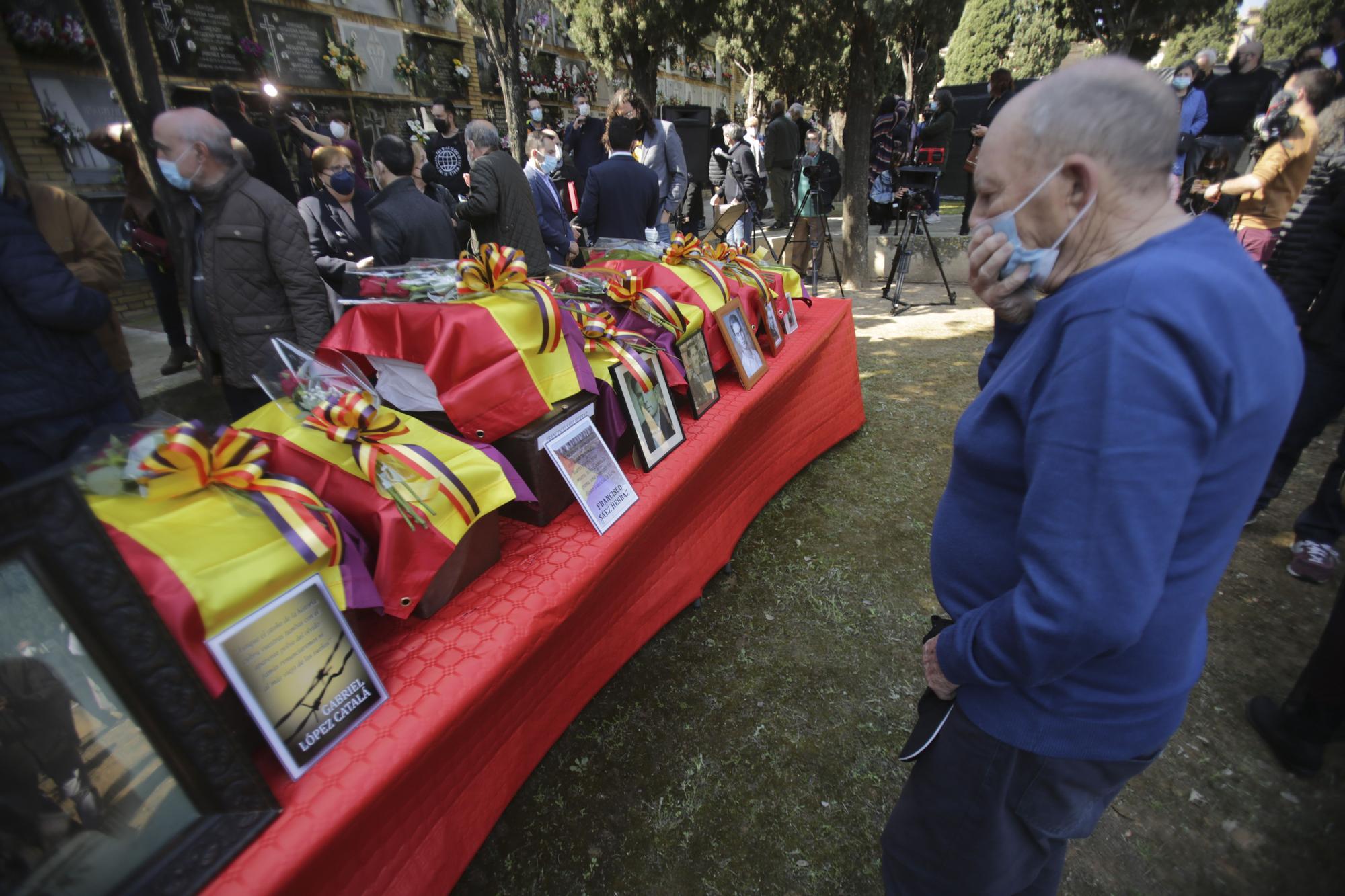 Las imágenes del rescate a 17 represaliados del franquismo de la Fosa 127 de Paterna