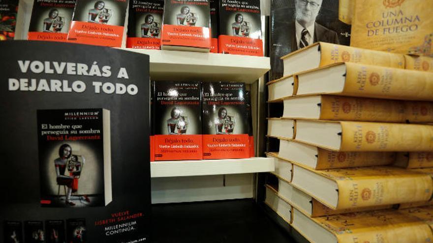 Ken Follett contra 'Millennium', duelo de titanes en las librerías