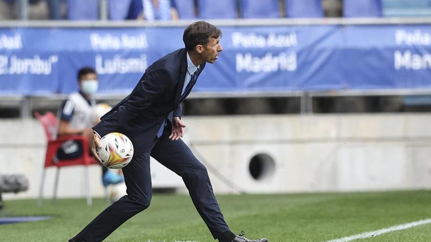 Ziganda pasa revista al Real Oviedo: mensaje a Femenías y tirón de orejas a Pombo